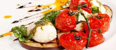 Tartine d'aubergines à la tomate et mozzarella